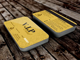 in-the-vip-card-gia-re